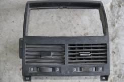 Решетка вентиляционная. Volkswagen Touareg