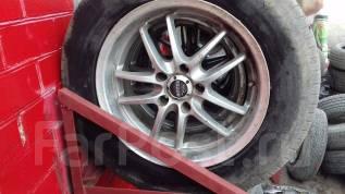 Продам комплект колес на литье. x17 5x114.30