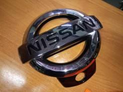 Эмблема. Nissan Patrol