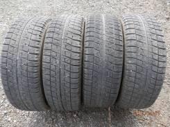 Bridgestone Blizzak Revo2. Всесезонные, 2013 год, 10%, 4 шт