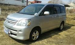 Toyota Noah. автомат, 4wd, 2.0 (155 л.с.), бензин, 175 тыс. км