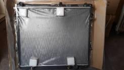 Радиатор охлаждения двигателя. Toyota Land Cruiser, VDJ200 Двигатель 1VDFTV