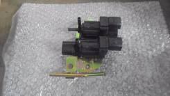 Кнопка включения 4wd. Mitsubishi Pajero iO, H77W, H76W, H67W Mitsubishi Pajero Pinin Двигатели: 4G94, 4G93