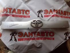 Накладка крышки багажника. Toyota Succeed, NCP50, NCP55V, NCP51, NCP58G, NCP55, NCP52, NCP58, NCP51V