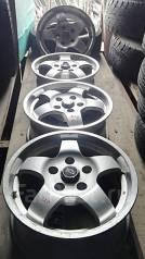 Bridgestone. 6.5x15, 5x114.30, ET30
