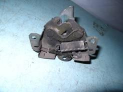 Замок капота. Mitsubishi Lancer Cedia, CS5W Двигатель 4G93