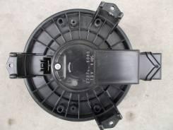 Мотор печки. Honda CR-V, RE3, RE4 Honda Stream, RN6, RN7, RN8, RN9 Honda Crossroad, RT1, RT2, RT3, RT4 Двигатели: K24Z1, K24Z4, N22A2, R20A1, R20A2
