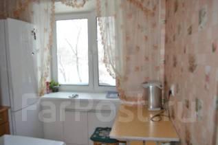 2-комнатная, улица Парковая 31. центральный, 48 кв.м. Кухня