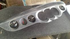 Консоль панели приборов. Daihatsu YRV, M201G