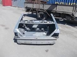Задняя часть автомобиля. Mercedes-Benz