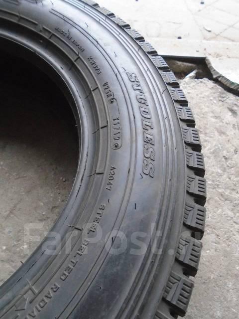 Dunlop SP LT 02 ( 2 штуки ), 175/75R15, 185/75R15. Всесезонные, 2012 год, 5%, 1 шт