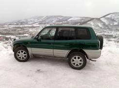 Toyota RAV4. механика, 4wd, 2.0 (110 л.с.), бензин, 230 000 тыс. км