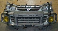 Заглушка бампера. Mitsubishi Delica