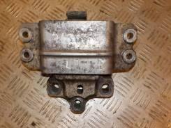 Опора двигателя левая 2.0 TDI 2005-2010 VW Passat B6 VW Passat B6 2005-2010