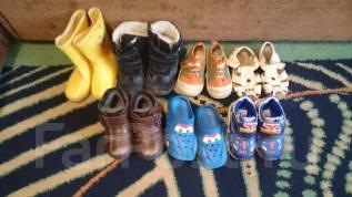 Продам детскую одежду и обувь на 2 года, обувь 26 размер