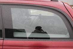 Стекло боковое. Opel Omega