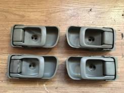 Ручка двери внутренняя. Nissan Terrano, LR50, LVR50, PR50, RR50, TR50, JLR50, JRR50, JTR50 Nissan Terrano Regulus, JLR50, JRR50, JTR50 Двигатели: QD32...