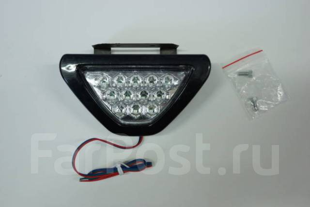 Стоп сигнал (фонарь задний) Suzuki SX-4