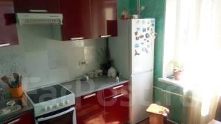 2-комнатная, улица Сергея Ушакова 33. Междуречье, частное лицо, 50 кв.м.