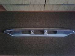 Накладка крышки багажника. Mazda Bongo Friendee, SGE3, SGLW, SG5W, SGEW, SGLR, SGL5, SGL3