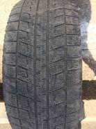 Bridgestone Blizzak Revo2. Зимние, без шипов, износ: 50%, 1 шт