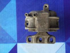 Подушка опора двигателя VOLKSWAGEN JETTA