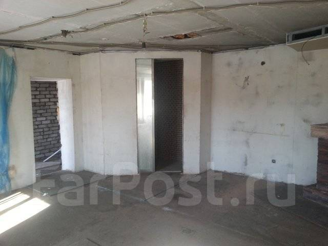 2-комнатная, улица Норководов 28. Зверьки, агентство, 33 кв.м. Сан. узел
