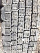 Bridgestone W910. Всесезонные, 2012 год, износ: 70%, 1 шт