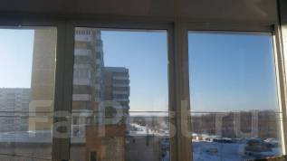 2-комнатная, проспект Комсомольский 85. 8 мкр., агентство, 50 кв.м.