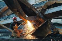 Металлоломная компания выгодно купит лом черных и цветных металлов !