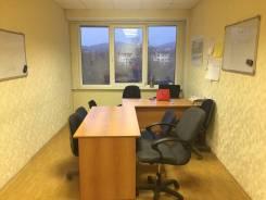 Сдам в субаренду кабинеты 18 кв. М. 18 кв.м., проспект 100-летия Владивостока 103, р-н Столетие. Интерьер
