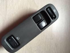 Кнопка стеклоподъемника. Suzuki Escudo, TA52W Двигатель J20A