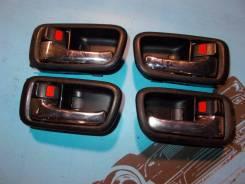 Ручка салона. Toyota Mark II, GX100, GX105, JZX100, JZX101, JZX105, LX100 Toyota Cresta, GX100, GX105, JZX100, JZX101, JZX105, LX100 Toyota Chaser, GX...