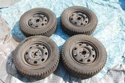 Колеса 4 шт D54 5J ET46 4x100 175 70 R13 82T Nokian шиповка. 5.0x13 4x100.00 ET45 ЦО 54,0мм.