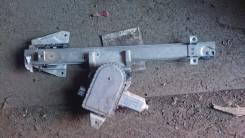 Продам подъёмный мехонизм стекла с моторчиком левой задней двери. Mitsubishi Pajero, V73W Двигатель 6G72