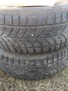 Bridgestone WT17. Зимние, шипованные, 2003 год, износ: 50%, 2 шт
