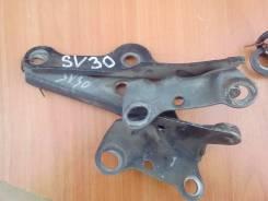 Крепление капота. Toyota Camry, SV30 Двигатель 4SFE