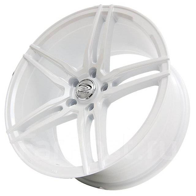 Sakura Wheels. 9.0x18, 5x114.30, ET32, ЦО 73,1мм.