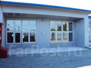 Сдается в аренду территория с помещениями г. Находка. 220 кв.м., улица Набережная 1A,строение 1-2, р-н Бархатная