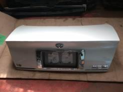 Крышка багажника. Toyota Crown Majesta, UZS171, UZS175, JZS177 Двигатель 1UZFE