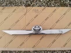 Накладка крышки багажника. Toyota Camry, ASV50, ACV51, AVV50, ASV51, GSV50