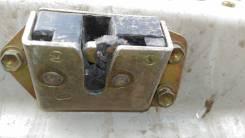 Замок крышки багажника. Toyota Corolla Spacio, AE111, AE111N, AE115, AE115N Двигатели: 4AFE, 7AFE