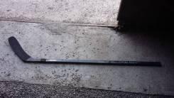 Клюшки хоккейные.