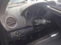 Панель приборов. Mercedes-Benz ML-Class