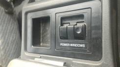 Блок управления стеклоподъемниками. Mitsubishi Delica Star Wagon, P27V, P05W, P15V, P35W, P07V, P25W, P45V, P17V, P25V, P05V Mitsubishi Delica, P25W...
