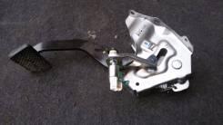 Педаль тормоза. Honda Zest Honda Insight, DAA-ZE2 Двигатель LDA3