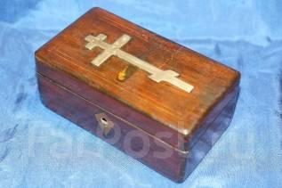 Старинный крестильный ящик. Российская Империя, Москва, конец XIX века. Оригинал