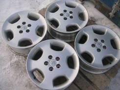 Продам литье с шинами тойота клюгер р 17. 6.5x17 5x114.30 ET35 ЦО 60,2мм.