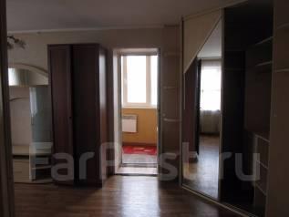 2-комнатная, улица Невельского 11. 64, 71 микрорайоны, агентство, 50 кв.м. Комната