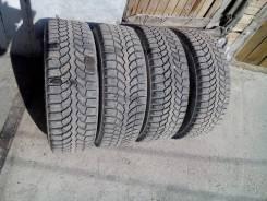 Bridgestone Blizzak Spike-01. Зимние, шипованные, износ: 20%, 4 шт